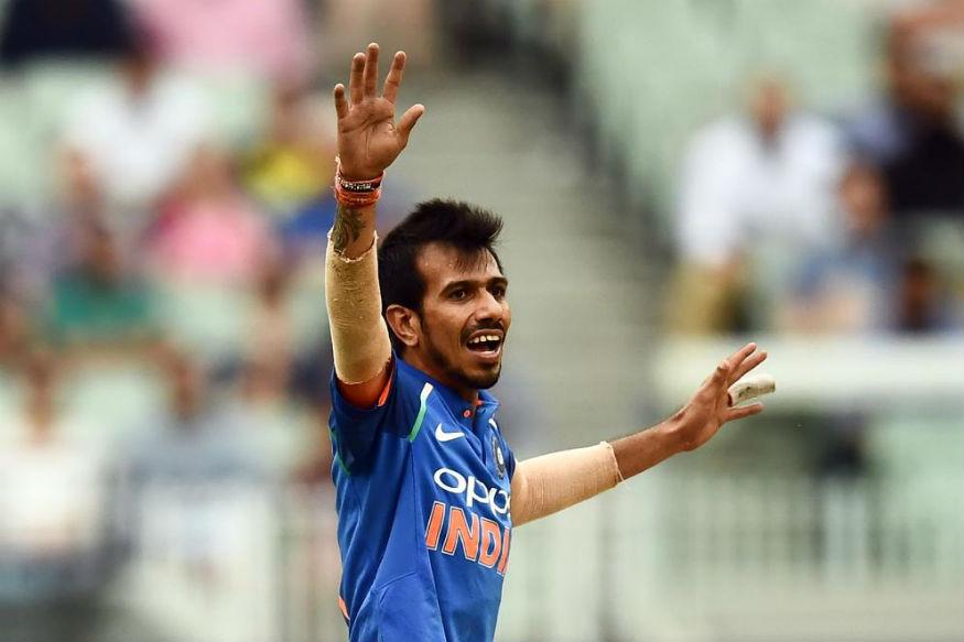 भारताने वर्ल्ड कपमध्ये दोन फिरकीपटूंना घेतले आहे. युझवेंद्र चहलची संघात वर्णी लागली असून मर्यादीत षटकांच्या सामन्यात त्याची कामगिरी जबरदस्त राहिली आहे.