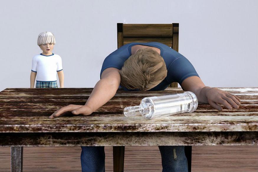 आपण अनेकदा पाहतो दारू प्यायलेला माणूस काहीही बरळायला लागतो. त्याला नीट उभंही राहता येत नाही.