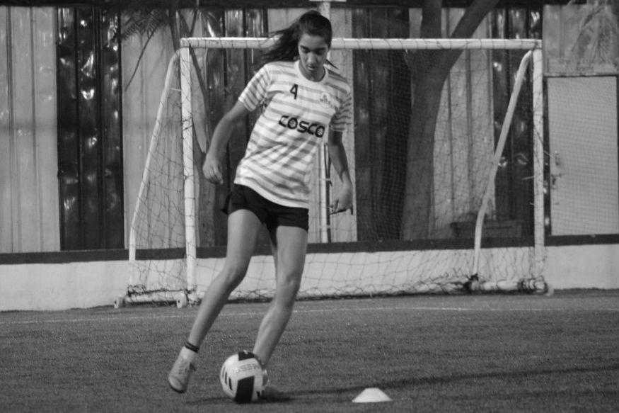 काश्मीरच्या पहिल्या महिला फुटबाॅलपटूचा थरारक प्रवास