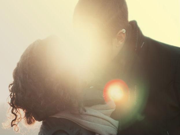 तुमचं लग्न दुसऱ्या शहरात होतंय, तर प्रवासाचा वेगळा खर्च फोटोग्राफरला द्यावा लागणार का?