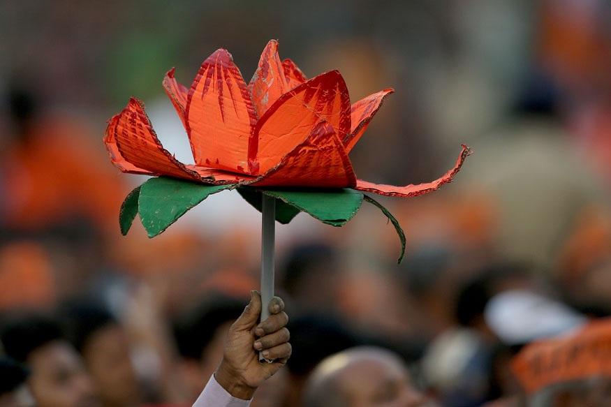 TDPला मोठा धक्का, 4 खासदार भाजपमध्ये प्रवेश करणार TDP MP, BJP, Chandrababu Naidu
