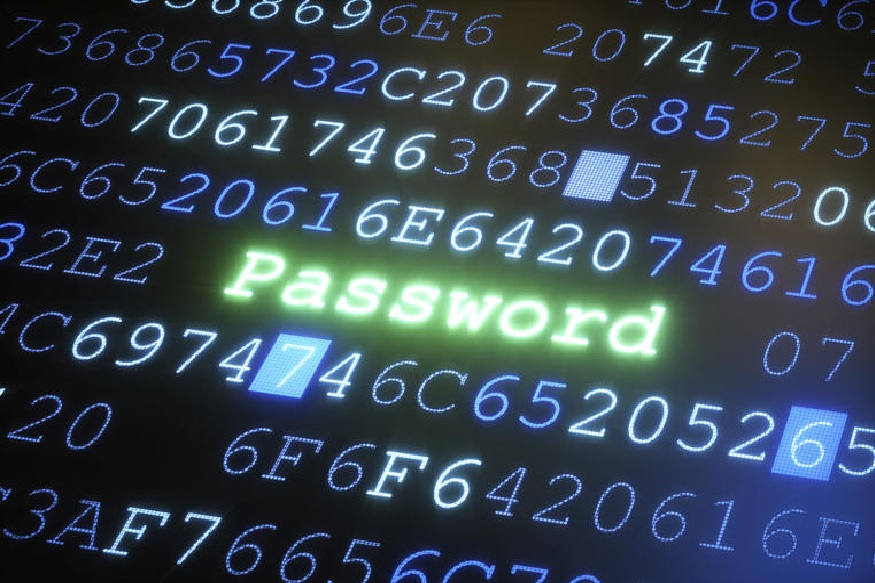 आपला डेटा सुरक्षित रहावा म्हणून प्रत्येकजण Password नावाची चावी वापरत असतो. मात्र तो Password कमकुवत असला तर तुमचा डेटा चोरीला गेलाच म्हणून समजा. अशावेळी डोक्याला हात मारण्याशिवया तुमच्या हातात काहीच उरत नाही. Password कसा असावा आणि कसा असू नये यासंदर्भात आज आम्ही तुम्हाला कीही गोष्टी सांगणार आहोत.