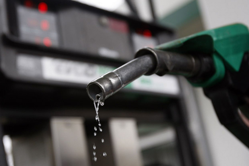 'इथे' मिळतं जगातलं सर्वात स्वस्त पेट्रोल