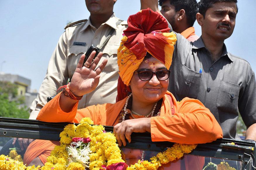 साध्वी प्रज्ञांना जिंकवण्यासाठी BJPनं आखली 'ही' मोठी योजना