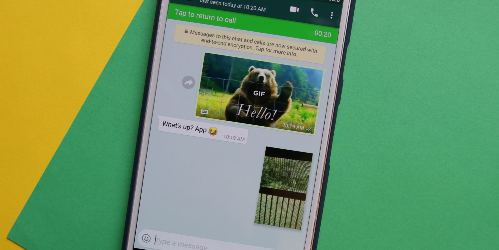 PIP Mode मध्ये होणार बदल - PIP (Picture in Picture) मोडचं दुसरं व्हर्जन WhatsApp आणणार आहे. PIP मोडमुळे आलेला व्हिडिओ WhatsApp च्या बाहेर न जाता तुम्ही पाहू शकता. एकादी Youtube लिंक आली असेल तर तुम्ही तेथेच तो पाहू शकता. मात्र, यात असे अपडेट करण्यात येणार आहे की, WhatsApp विंडो बंद केल्यानंतरसुद्धा तुम्हाला तो व्हिडिओ पाहू शकाल.