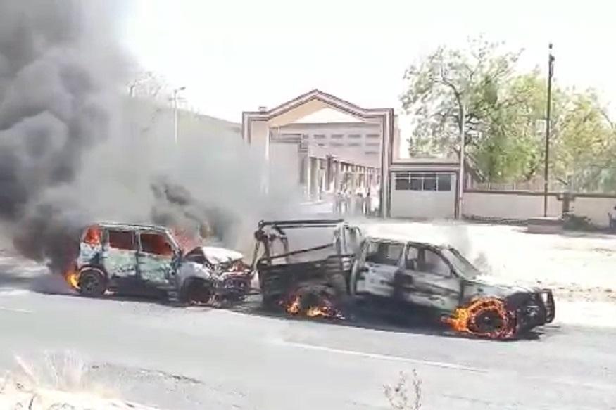 मलकापूर-नांदुरा महामार्गावर भीषण अपघात; धडक होताच दोन्ही वाहने जळून खाक, 2 ठार