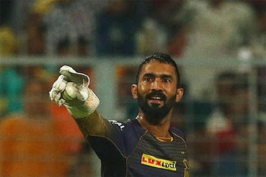 वर्ल्डकपसाठी IPL मध्ये स्वार्थी बनला दिनेश कार्तिक, क्रिकेटपटूचा आरोप