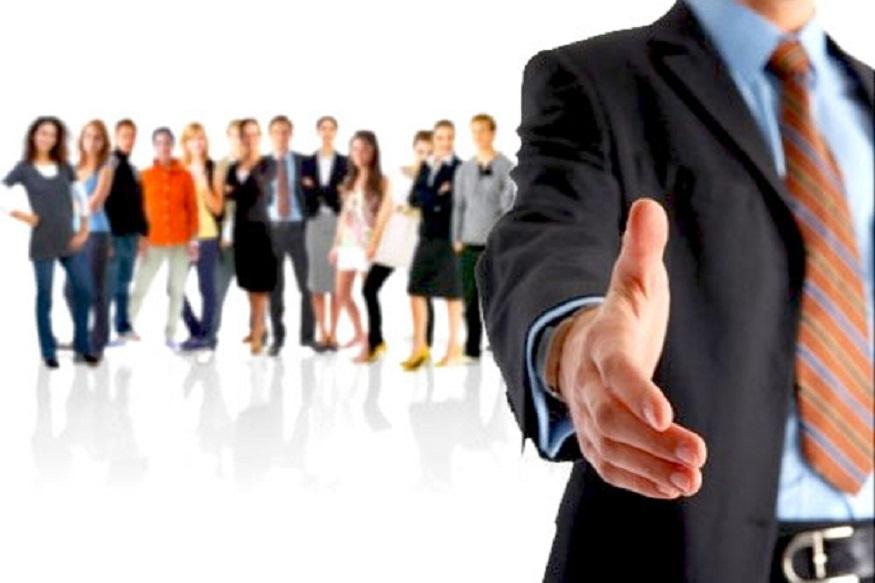 तुम्ही परदेशात नोकरी शोधताय? मग एक खुशखबर आहे. कॅनडामध्ये ग्लोबल टॅलंट स्ट्रीम (GTS) हा नवा प्रोग्रॅम सुरू केलाय. यात जगभरातून हुशार व्यक्तींना नोकरीवर नियुक्त केलं जाईल.