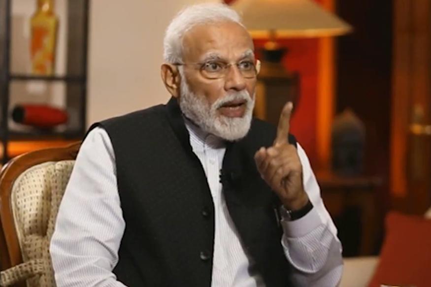'मोदी पुन्हा PM झाले तर तिरंगा चाँद पर लहरायेगा..अन्यथा तिरंगे पर चाँद होगा!'