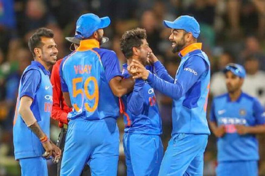 आयसीसी क्रिकेट वर्ल्ड कप स्पर्धा 30 मे पासून इंग्लंडमध्ये सुरु होणार आहे. वर्ल्ड कपमध्ये विराट कोहलीच्या नेतृत्वाखाली भारतीय संघ खेळणार असून विजेतेपदाचा दावेदार मानलं जात आहे. मात्र, भारताला विजेतेपद मिळवणं सोपं नाही.