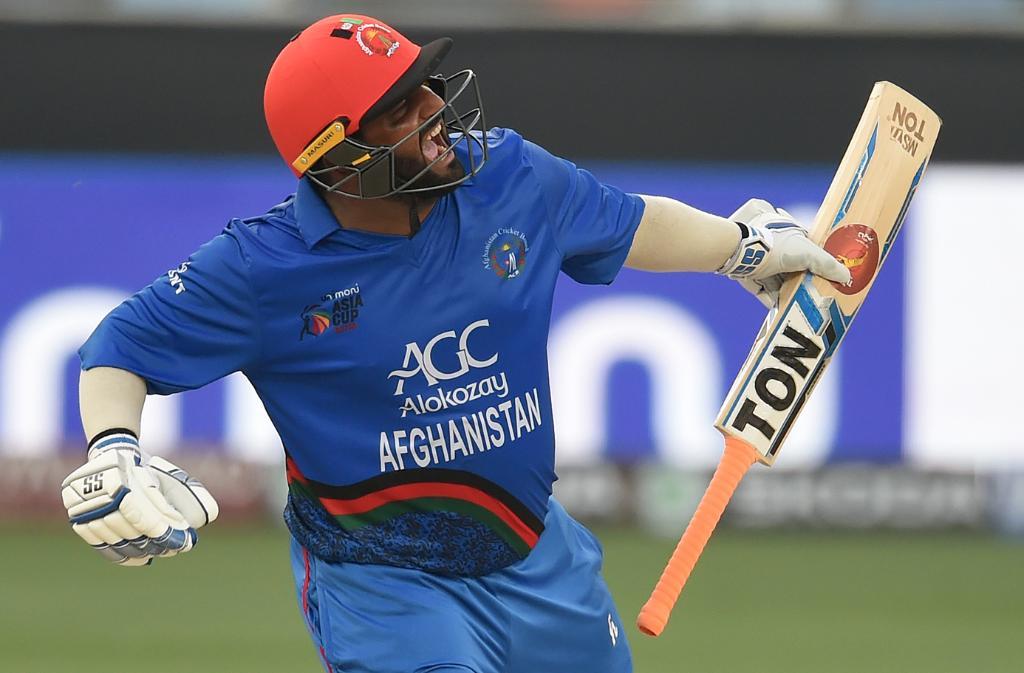 अफगाणिस्ताननं आयर्लंडवर 126 धावांनी मोठा विजय मिळवला. या विजयाचा शिल्पकार राहिला तो अफगाणिस्तानचा धोनी.