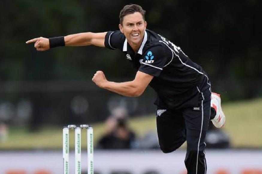 न्यूझीलंडचा ट्रेंट बोल्ट भारतासाठी डोकेदुखी ठरू शकतो. टिम साउदीनंतर बोल्ट सर्वात जास्त चेंडू फिरवू शकतो. 1.06 डिग्री चेंडू स्विंग करण्याची क्षमता असलेल्या बोल्टने इंग्लंडमधील 10 सामन्यात 17 विकेट घेतल्या आहेत.
