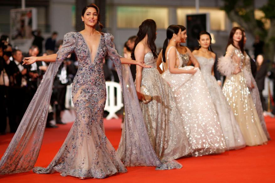 Cannes 2019 मधील हिना खानचा ग्लॅमरस अंदाज