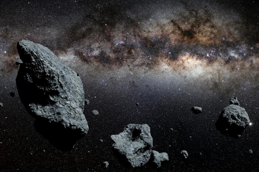 बायनरी अॅस्ट्रॉइड सिस्टिम - 'मूनलेट' म्हणजे आकाराने लाहन असलेला चंद्रासारखा Asteroid, जो एखाद्या मोठ्या लघुग्रहाभोवती फिरतो. तर बायनरी एस्ट्रॉइड सिस्टिम ही अशी एक सिस्टिम आहे, ज्यात अनेक लाहान-मोठे Asteroid केद्रस्थानी असलेल्या एका ग्रहाभोवती फिरत आहेत.