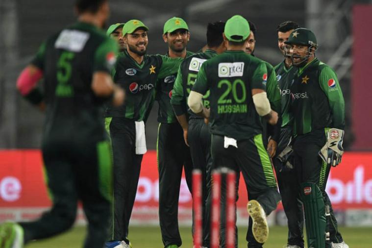 इंग्लंडकडून लाजीरवाण्या पराभवानंतर पाकिस्तानच्या वर्ल्ड कप संघात मोठे बदल