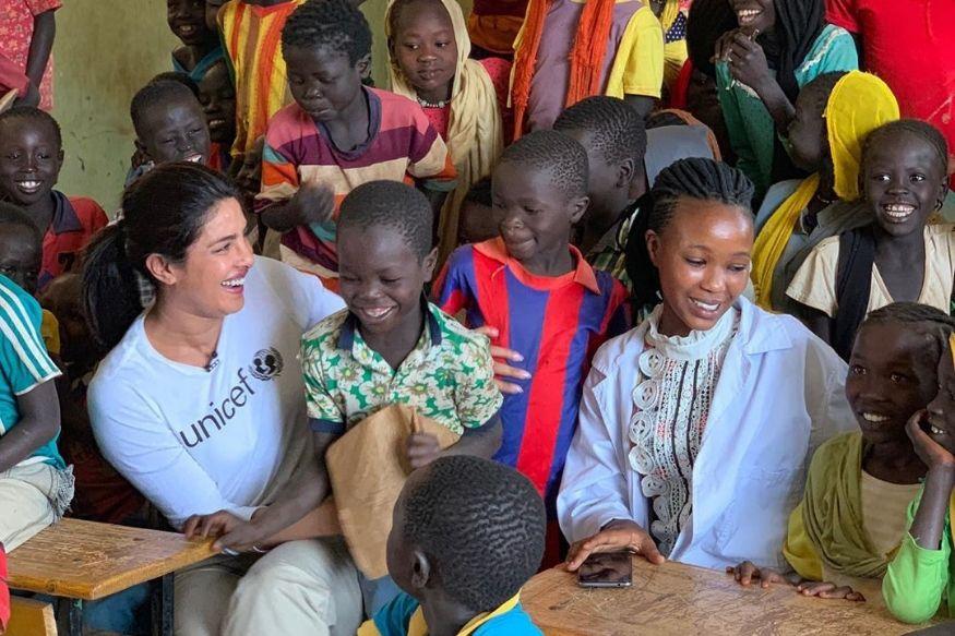 इथोपियाच्या रेफ्यूजी कॅम्पमधील मुलांना भेटली प्रियांका चोप्रा, चाहते म्हणतात भारतात...