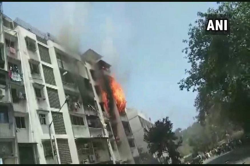 अंधेरीतील रहिवासी इमारतीला आग; 1 जण जखमी