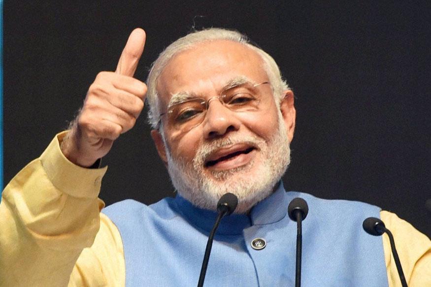 पंतप्रधान नरेंद्र मोदींनी घेतला हा पहिला निर्णय...