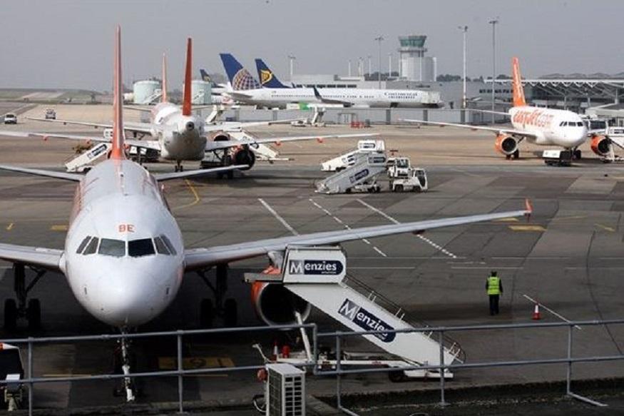 आता विमान प्रवास झाला स्वस्त, 'या' आहेत धमाकेदार ऑफर्स