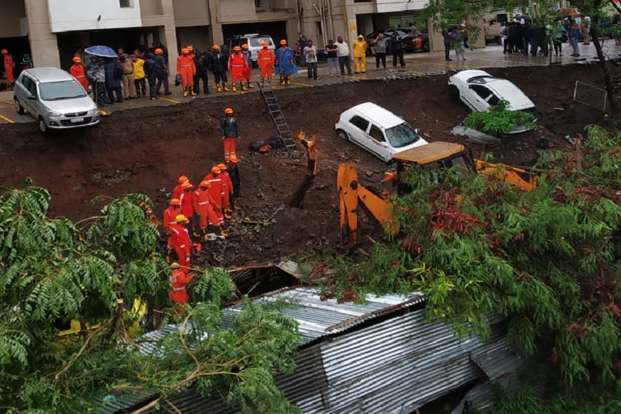 पुणे: संरक्षक भिंत कोसळली, महिला आणि लहान मुलांसह 15 जणांचा मृत्यू! Pune | Compound Wall Collapse | Kondhwa