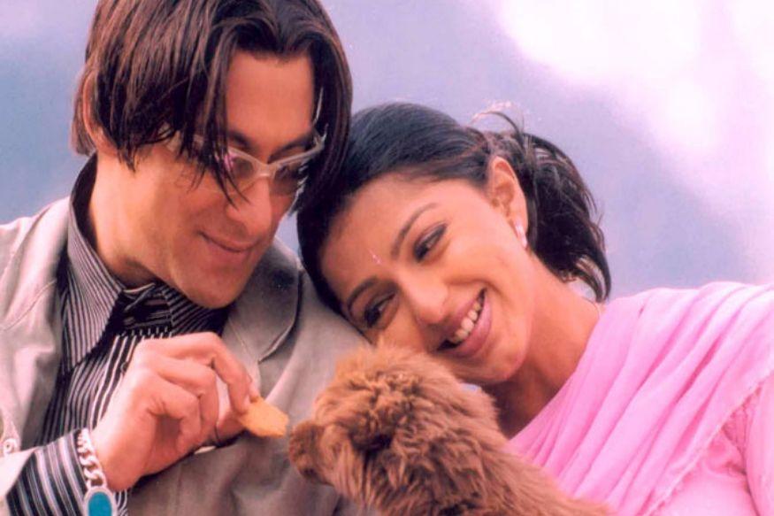 सतीश कौशिक दिग्दर्शित 2003 मध्ये आलेला सलमान खानचा 'तेरे नाम' हा सिनेमा त्याच्या करिअरमधील सुपरहिट सिनेमांपैकी एक आहे. यात सलमाननं एका उत्कट प्रियकराची भूमिका साकारली होती. यातील सलमानची हेअर स्टाइल आजही सर्वांच्या लक्षात आहे. हा सिनेमा मुळ तमिळ सिनेमा 'सेतू'चा (1999) हिंदी रिमेक आहे.