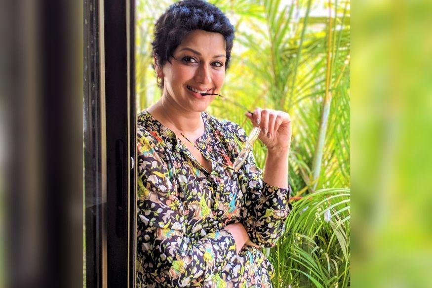 VIDEO : कॅन्सर फ्री झाल्यावर अभिनेत्री सोनाली बेंद्रे आता घेतेय 'ही' थेरपी