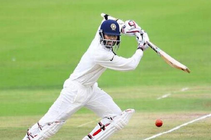प्रथम श्रेणीचे 65 सामने खेळताना त्याने 3 हजार 798 धावा केल्या आहेत. यात 8 शतके आणि 20 अर्धशतेक केली आहेत.  तर यष्टीरक्षण करताना 223 झेल आणि 27 स्टम्पिंग केले आहेत. तोसुद्धा वेस्ट इंडीज ए विरुद्धच्या कसोटी मालिकेत इंडिया ए मधून खेळत आहे.