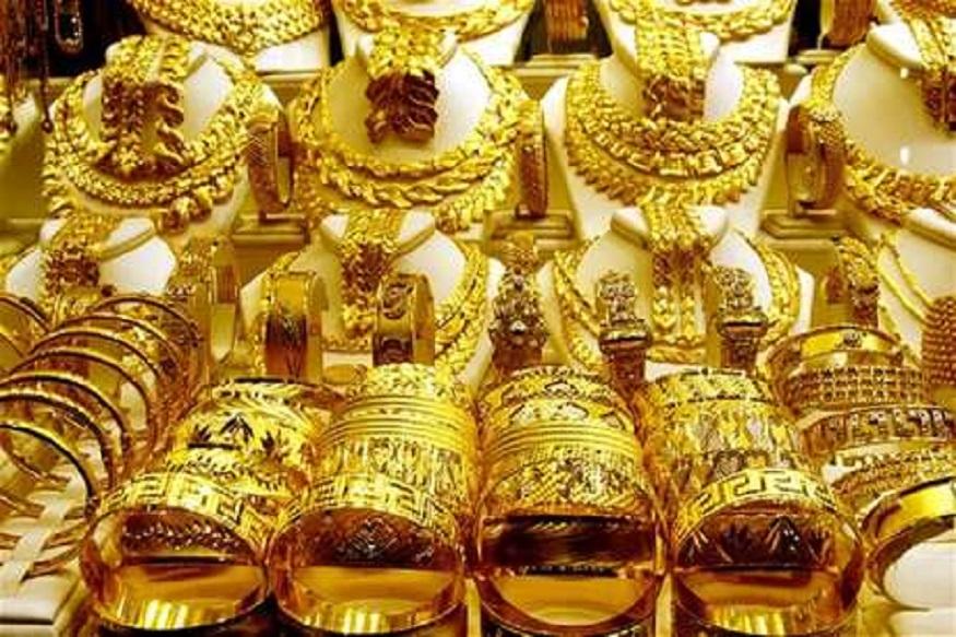 गिन्नी सोनं 100 रुपयांनी वधारलं. त्याचा भाव 27,500 रुपये प्रति 8 ग्रॅम झाला होता.