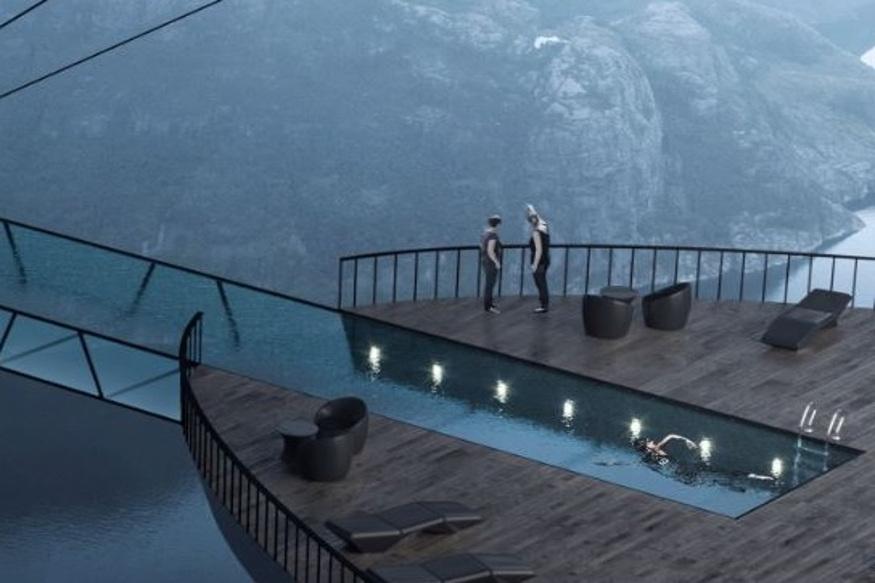 हे हॉटेल चारमजली असणार आहे. हॉटेलच्या टेरेसवरून दरीतलं विहंगम दृश्य दिसेल.  नॉर्वेच्या सरकारने या हॉटेलच्या बांधकामाला अजून परवानगी दिलेली नाही. पण असं हे हॉटेल जगातलं एकमेव असेल.