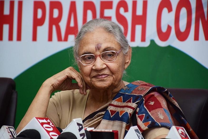 शीला दीक्षित यांचा जन्म 31 मार्च 1938 साली पंजाबमधल्या कापुरतळामध्ये झाला. त्यांचं मूळचं नाव शीला कपूर होतं.