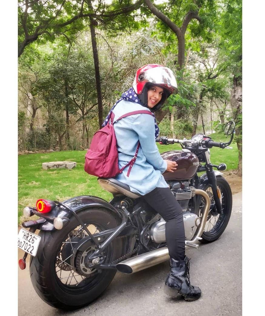 रोशनी आत्तापर्यंत विदेशी सुपरबाईक्ससह 70 वेगवेगळ्या प्रकारच्या मोटरसायकल्स, बाईक्स, बुलेट्सवर स्वार झाली आहे.