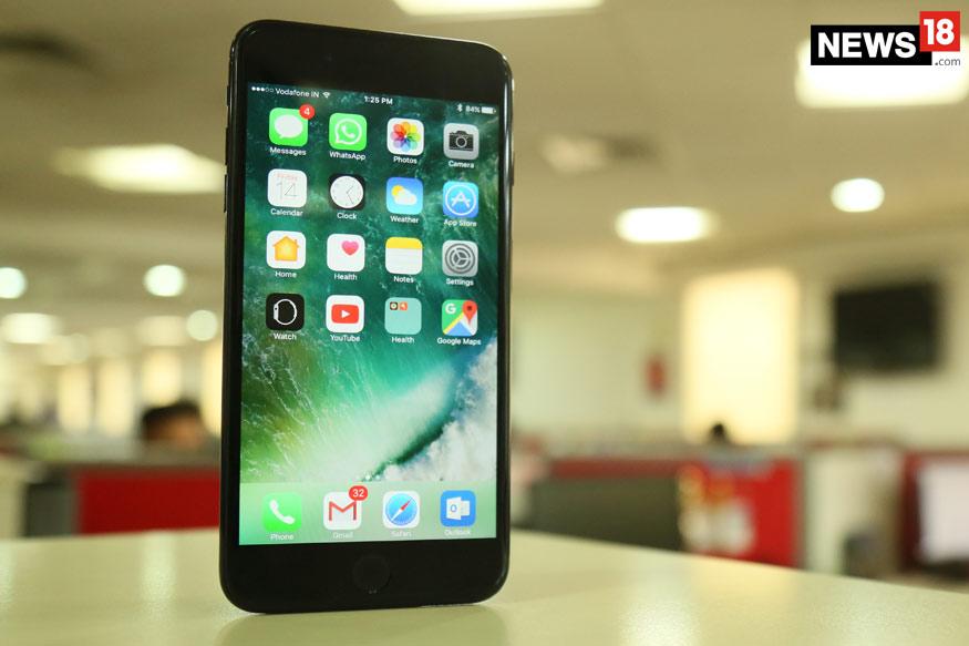 स्मार्टफोनमध्ये अॅप नसतील असे व्यक्ती भेटणार नाही. जगात प्रत्येक मिनिटाला 3 लाख 90 हजार 030 अॅप्स डाऊनलोड केले जातात.