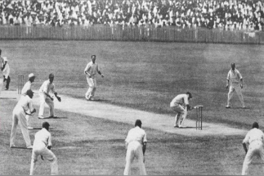 1882 मध्ये पहिल्यांदा ऑस्ट्रेलियानं इंग्लंडला त्यांच्याच देशात पराभूत केलं होतं. हा पराभव इंग्लंडला इतका जिव्हारी लागला होता की प्रसार माध्यमांनीसुद्धा यावर कठोर शब्दांत टीका केली होती. स्पोर्टिंग टाईम्स या वृत्तपत्राने तर इंग्लंडच्या क्रिकेटचा मृत्यू झाला असंच म्हटलं होतं.