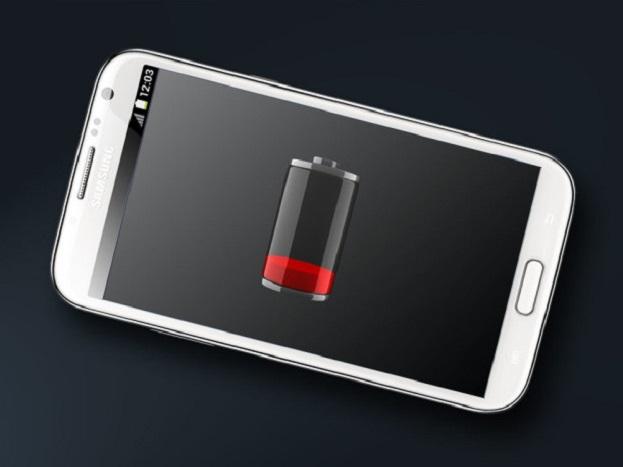 सोशल मीडिया अॅप तसेच जास्त मेमरीची अॅप्स फोनची बॅटरी आणि रॅम सर्वात जास्त खर्च करतात. यातील नको असलेली अॅप डिलीट करा.