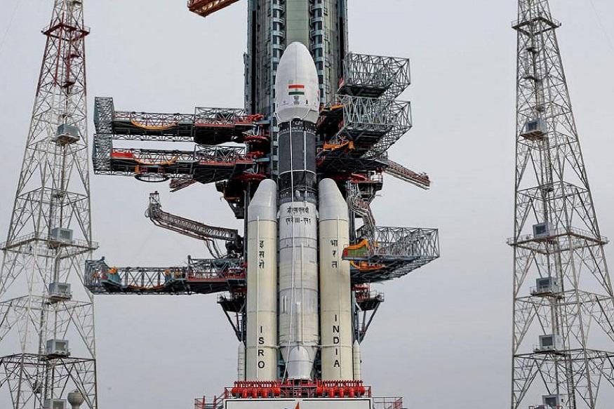 सगळ्यात शक्तिशाली स्वदेशी रॉकेट बाहुबली, पाहा चांद्रयान -2 चे लाँचिंगआधीचे फोटो