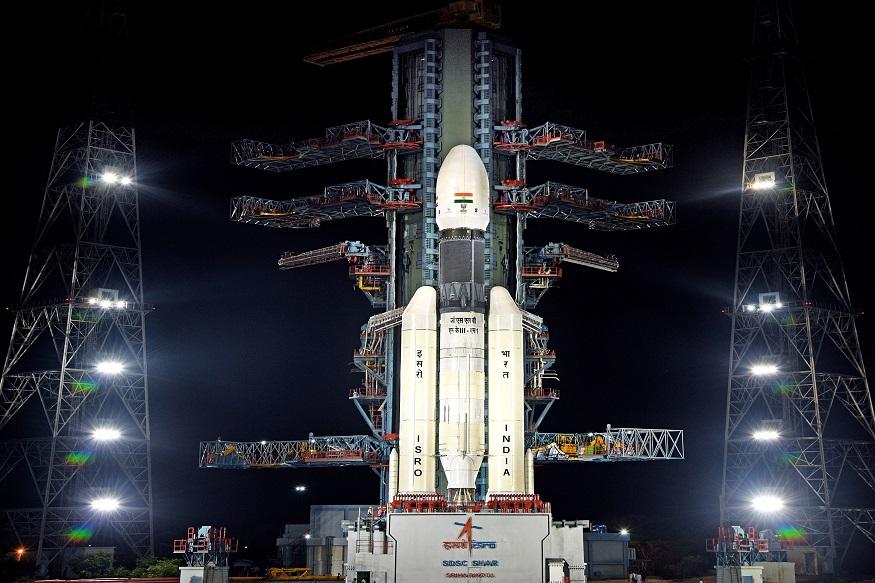 All Is Well... ISRO ची तयारी पूर्ण, 'चांद्रयान-2' उद्या झेपावणार
