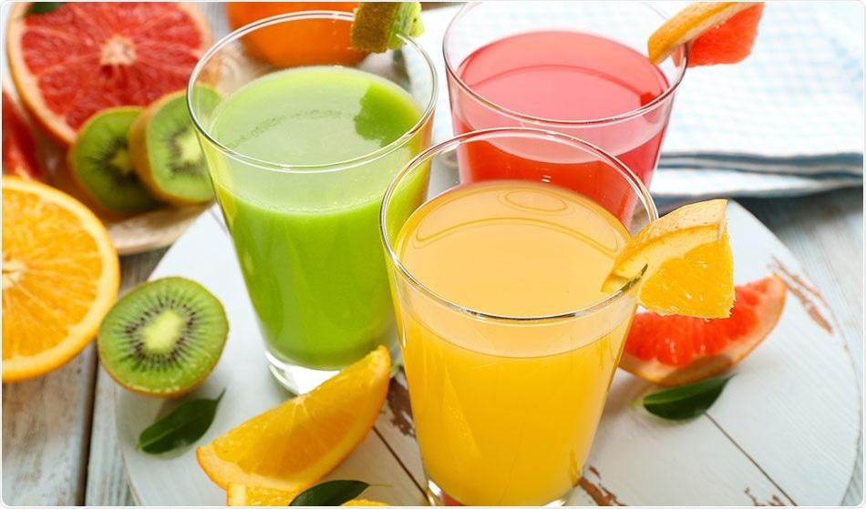 मुलांच्या आहारात जर फळं आणि पालेभाजा महत्त्वाच्या असतात. फळांचा ज्युस सुद्धा मुलांना द्या. पण बाजारातील डबाबंद फळांचा ज्युस मुलांना देऊ नका. कारण त्यात साखरेचं प्रमाण मोठ्या प्रमाणात असतं. फळांचे ज्युस घरी बनवून त्यात साखर न टाकताच मुलांना द्या.