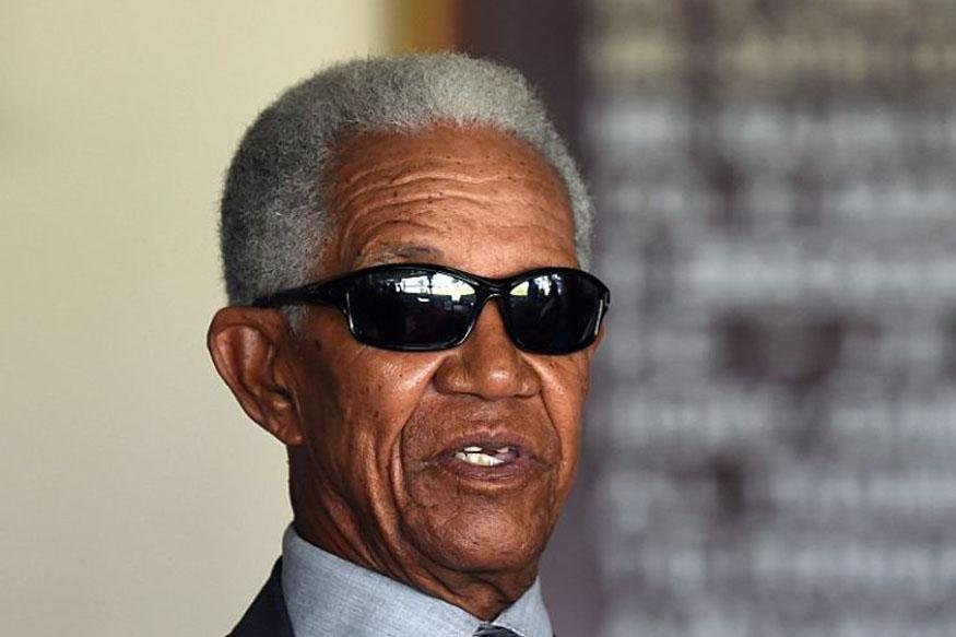 आज सोबर्स यांनी 83व्या वर्षात पदार्पण केले. मात्र आजतागायत त्यांना बंधनात राहणे पसंत नाही. आपल्या मर्जीचा मालक, असे त्यांनी ओळख क्रिकेट जगतात आजही आहे.
