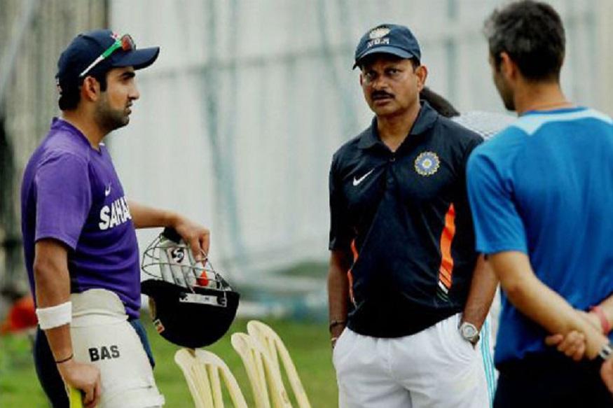 लालचंद राजपूत यांनी प्रशिक्षक पदासाठी अर्ज केला आहे. त्यांनी भारताचे संघ व्यवस्थापक म्हणून काम केलं आहे. राजपूत गेल्या चार वर्षांपासून झिम्बॉम्बे क्रिकेट संघाचे प्रशिक्षक होते. झिम्बॉम्बे क्रिकेटला आयसीसीने निलंबित केलं आहे. सध्या ते कॅनडातील ग्लोबल टी20 लीगमध्ये विनिपेग हॉक्सच्या प्रशिक्षकपदाची धुरा सांभाळत आहेत.