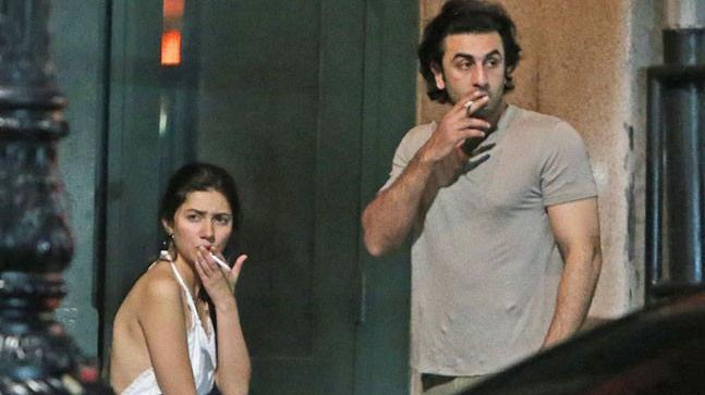 पाकिस्तानी अभिनेत्री माहिरा खान आणि रणबीर कपूर यांचा न्यूयॉर्कच्या रस्त्यांवर सिगारेट ओढतानाचे फोटो व्हायरल झाले होते. त्यावेळी त्यांच्या अफेअरच्या चर्चाही सुरु झाल्या होत्या.