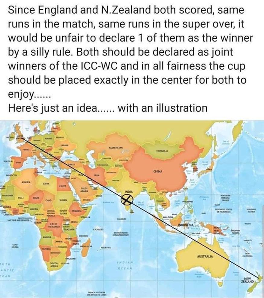 रवीना टंडनने व्हायरल फोटो शेअर केला आहे. यात जगाचा नकाशा असून भारत हा इंग्लंड आणि न्यूझीलंड यांच्या मध्यावर आहे. त्यामुळे दोन्ही देशांना विजेता घोषित करून वर्ल्ड कप भारतात ठेवायला पाहिजे असा तर्क लावण्यात आला आहे. प्रत्यक्षात मात्र भारत इंग्लंडपासून 7 हजार किलोमीटर तर न्यूझीलंडपासून 12 हजार किलोमीटर दूर आहे.