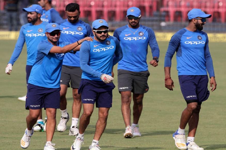 ICC Cricket World Cup नंतर भारतीय संघ आता वेस्ट इंडीज दौऱ्यावर जाणार आहे. या दौऱ्यासाठीच्या संघाची घोषणा करण्यात आली. भारतीय संघ वेस्ट इंडीज दौऱ्यावर 3 ऑगस्टपासून जाणार आहे. यात तीन टी 20, तीन एकदिवसीय आणि दोन कसोटी सामने खेळले जातील.