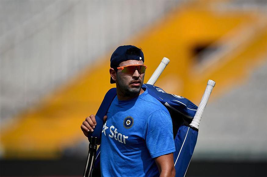 क्रिकेटच्या मैदानावर सिक्सर किंग या नावानं प्रसिध्द असलेल्या युवराजनं काही महिन्यांपूर्वी आंतररष्ट्रीय क्रिकेटमधून निवृत्ती घेतली.