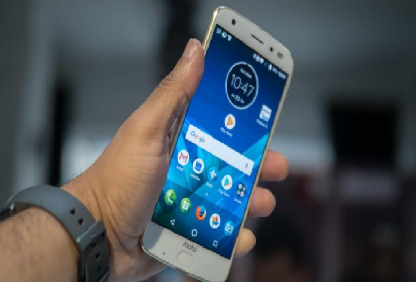 द व्हर्जने दिलेल्या वृत्तानुसार फोन आणि टॅब्लेटच्या होमस्क्रीनवर अॅप्सची नावे सध्यातरी तशीच राहतील. मात्र, पहिल्यांदाच अॅप इन्स्टॉल करणाऱ्यांना नवे नाव दिसेल.