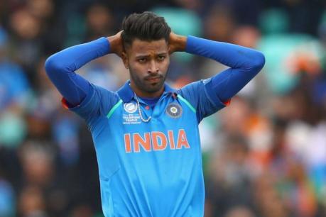 टीम इंडियासाठी तिन्ही फॉरमॅटमध्ये खेळणारा पांड्या अजूनही बीसीसीआयच्या 'ब' गटातच आहे. दरम्यान लवकरच त्याचा समावेश थेट अ गटात होऊ शकते.