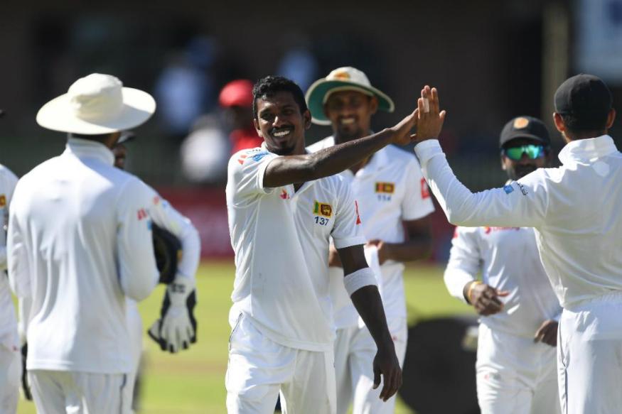 श्रीलंका संघानं कसोटी क्रिकेटमध्ये या वर्षभरात चांगली कामगिरी केली आहे. या वर्षाच्या सुरुवातीला दक्षिण आफ्रिका संघाचा त्यांच्या घरातच पराभवाचा दणका दिला. श्रीलंकेचा संघ पहिला आशियाई संघ ठरला ज्यांनी दक्षिण आफ्रिकेमध्ये कसोटी मालिका आपल्यानावावर केली. आयसीसी टेस्ट चॅम्पियनशीपमध्ये श्रीलंकेनं न्यूझीलंडला पराभूत करत आपले खाते उघडले.