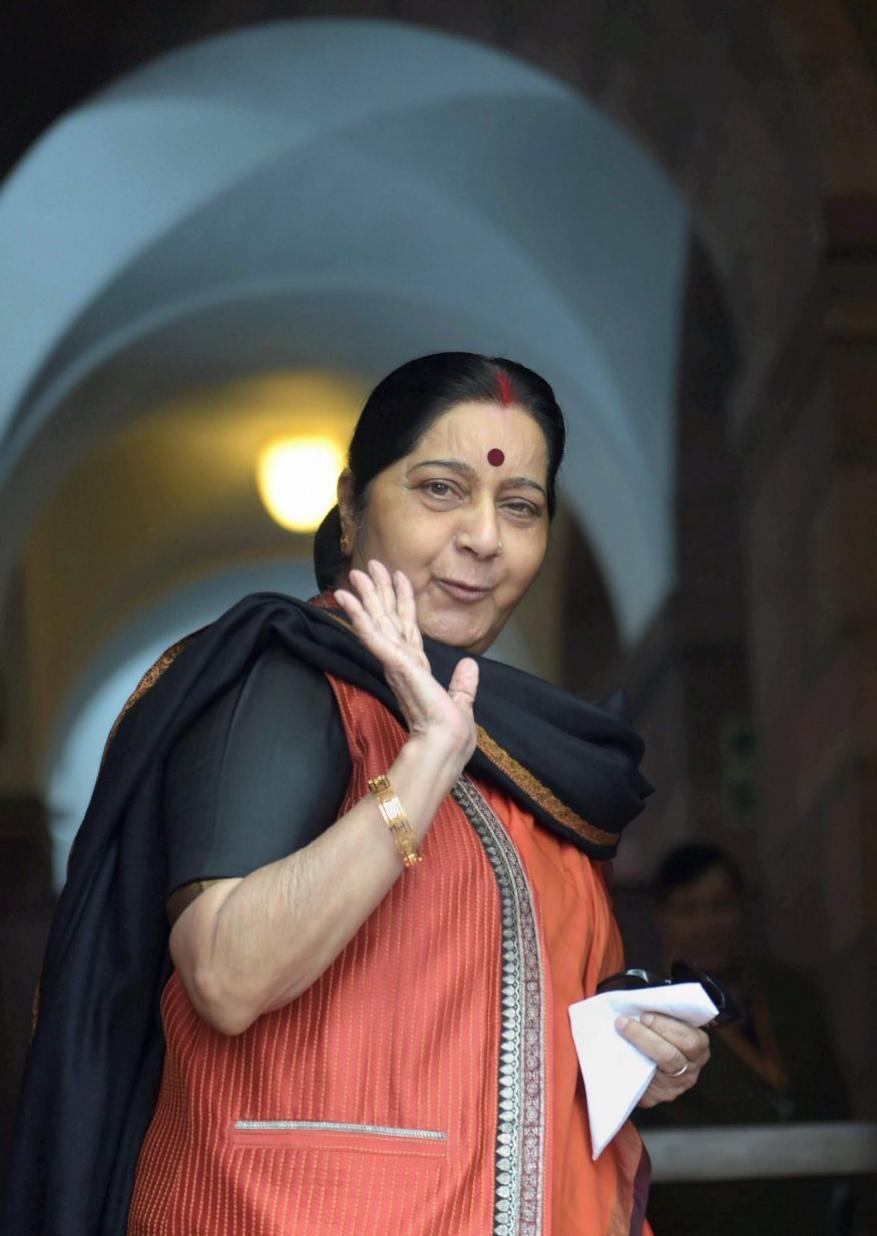 सुषमा स्वराज यांचं नेतृत्व आणि त्यांची भाषण करण्याची शैली लोकांवर राज्य करायची. पण 6 ऑगस्टला देशाने हे नेतृत्व दमावलं.