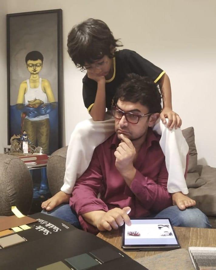 आमिर खान- आमिरची दुसरी पत्नी किरण रावने बाळाला जन्म देण्यासाठी IVF ची मदत घेतली. यानंतर 5 डिसेंबर 2011 ला आझादचा जन्म झाला. आमिरलाही  पहिल्या पत्नीपासून जुनैद आणि इरा ही दोन मोठी मुलं आहेत.