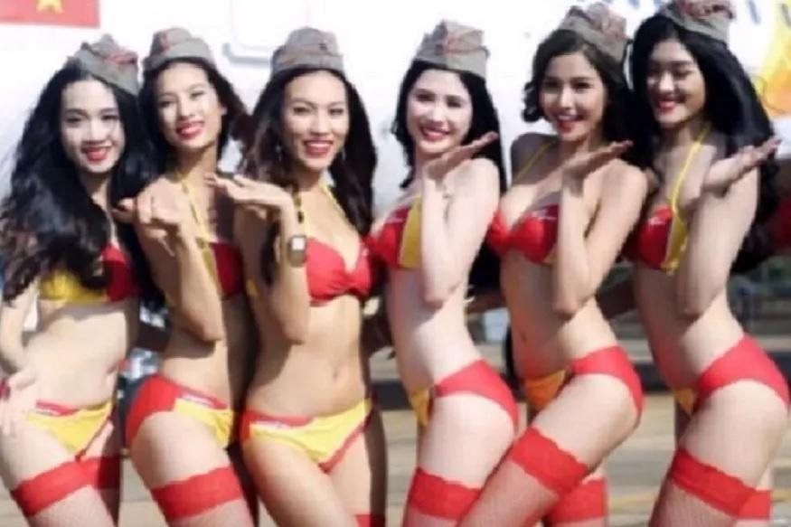 ही विमान कंपनी फक्त आशियातच नाही तर जगात प्रसिद्ध आहे. या एअरलाइन्सचं नाव व्हिएत जेट एअरलाइन असं असलं तरी लोकांनी आता या कंपनीचं नाव बिकिनी एअरलाइन्स असंच ठेवलं आहे.