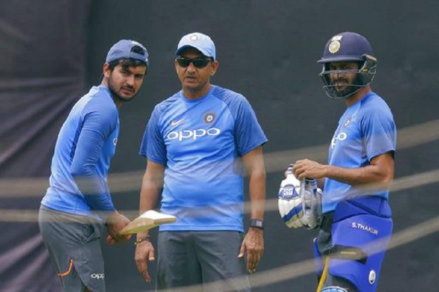 ICC Cricket World Cup नंतर बीसीसीआयनं मुख्य प्रशिक्षकासह सपोर्ट स्टाफसाठी बीसीसीआयने अर्ज मागवले होते. दरम्यान कपिल देव यांच्या समितीनं या सहा नावांची निवड केली आहे.